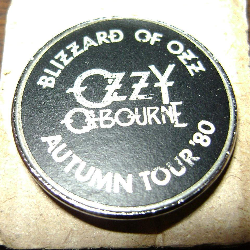 Blizzard 1980 tour badge 2.JPG
